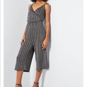 ModCloth Effortless Potential Cropped Jumpsuit NWT